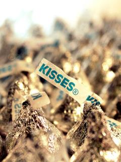 Kisses Mobile Wallpaper