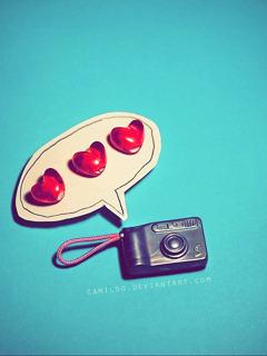 Love Camera Mobile Wallpaper