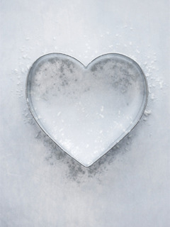 Ice Heart Mobile Wallpaper