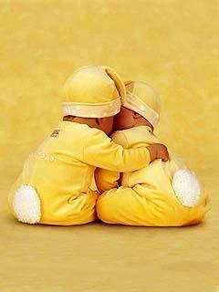 Love Babies Mobile Wallpaper