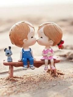 Cute Kids Kissing Mobile Wallpaper