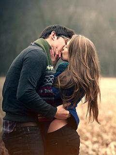 80 Koleksi Romantic Couple Mobile Wallpaper Gratis Terbaik