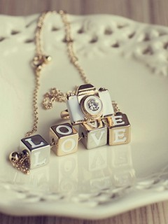 Love Locket Wallpaper : Download Love Locket Mobile Wallpaper Mobile Toones