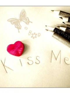 Kiss Me Mobile Wallpaper