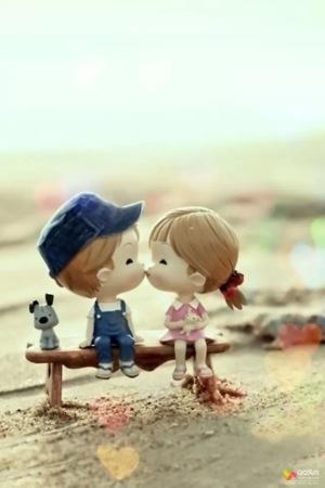 Kissing Couple IPhone Wallpaper Mobile Wallpaper