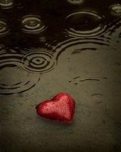 Heart In Rain Mobile Wallpaper