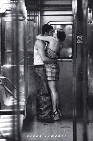 Kiss Mobile Wallpaper