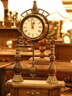 Old Clock Mobile Wallpaper