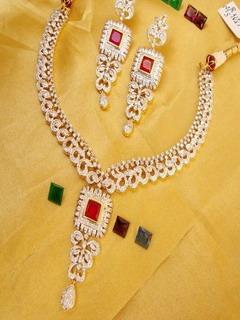 Princess Necklace Mobile Wallpaper
