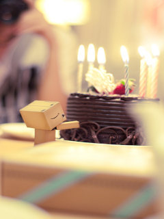 Danbo Birthcake Mobile Wallpaper