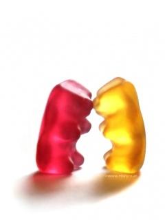 Gummy Fight Mobile Wallpaper