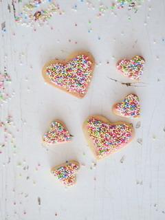 Heart Cookies Mobile Wallpaper