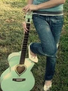 Love Guitar Mobile Wallpaper