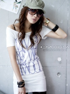 Girl Wear Cap Mobile Wallpaper