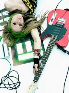 Avril With Guitar Mobile Wallpaper