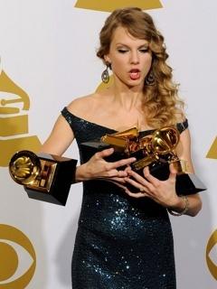 Taylor Swift Awards  Mobile Wallpaper