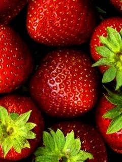 Strawberrys Mobile Wallpaper