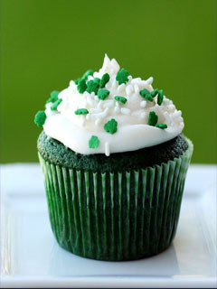 Green Cup Cake Mobile Wallpaper