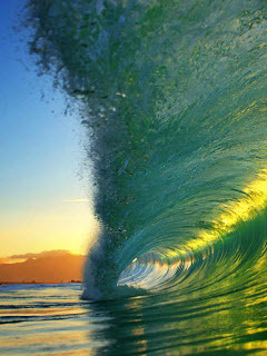 Green Waves Mobile Wallpaper