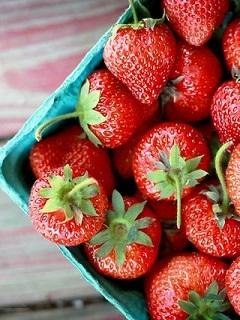 Strawberry Mobile Wallpaper