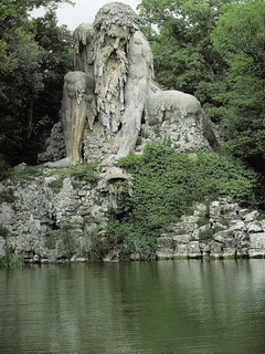 Appennine Colossus Mobile Wallpaper