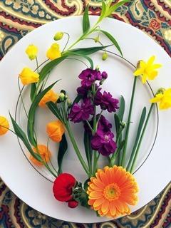 Flowers On Plate Mobile Wallpaper
