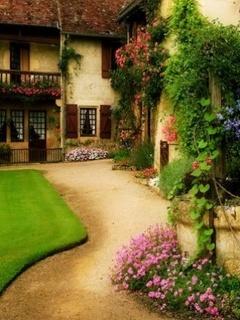 Garden House Mobile Wallpaper