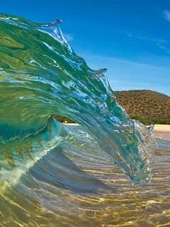 Sea Waves Mobile Wallpaper