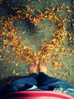 Autumn Heart Mobile Wallpaper