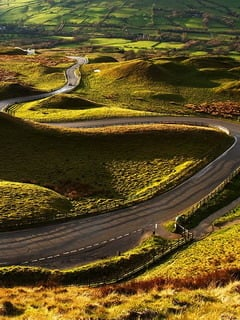 Curves Road Edale England Mobile Wallpaper