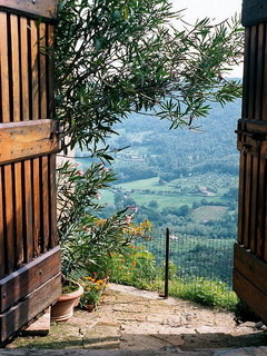 Nice Civita Italy Mobile Wallpaper