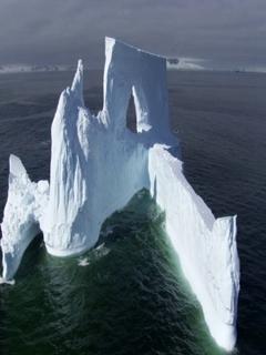Iceberg Mobile Wallpaper