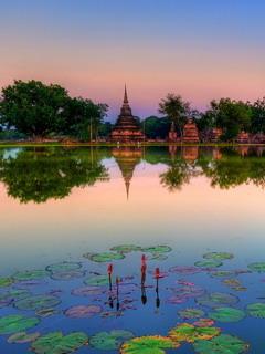 Sukhothai Historical Park Thailand Mobile Wallpaper