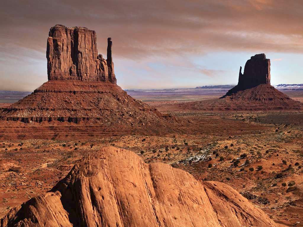 Desert Landscape Mobile Wallpaper