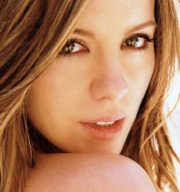 Kate Beckinsale V Mobile Wallpaper
