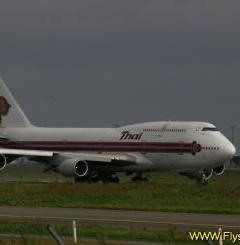 Boeing-747 Mobile Wallpaper