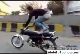 Aaj Kuch Toofani Kartey Hain Mobile Video
